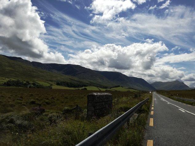 Sur la route dans le Connemara